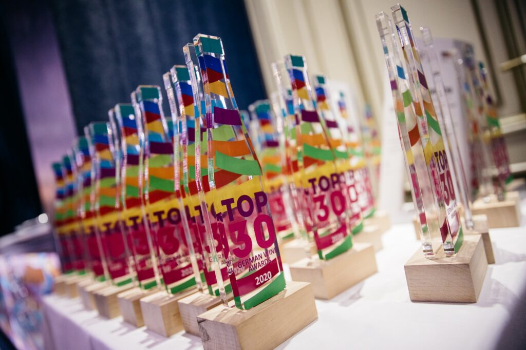 Фото награды TOP 30 German Wine Awards