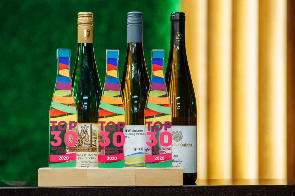 Фото награды Top 30 German Wine Awards