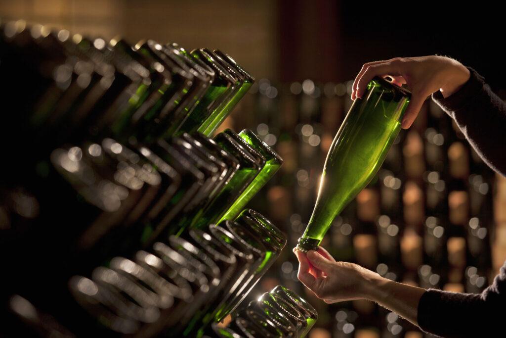 Игристое вино: методы производства - Блог Vintage-M